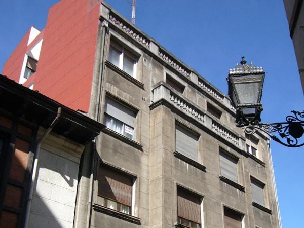 Reforma y aislamiento de fachada en Atxuri, arquitectura Bilbao, Smark Studio (vista anterior)