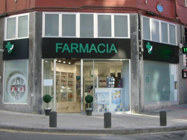 Fachada de farmacia, Arquitectura Bilbao, Smark Studio.