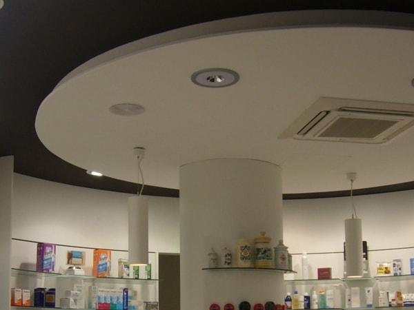 Detalle de interior. Reforma de farmacia, Arquitectura Bilbao.